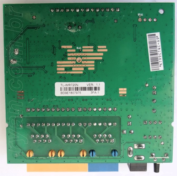 TP-LINK_TL-WR720N_SolderSide_DSC01272_670_ryan.com.br