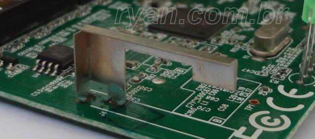 TP-LINK_TL-WR720N_antena_DSC01267_ryan.com.br