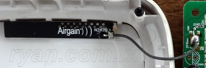 ZTE_ZXV10_W300S_board_DSC01489_detalhe_antena_ryan.com.br