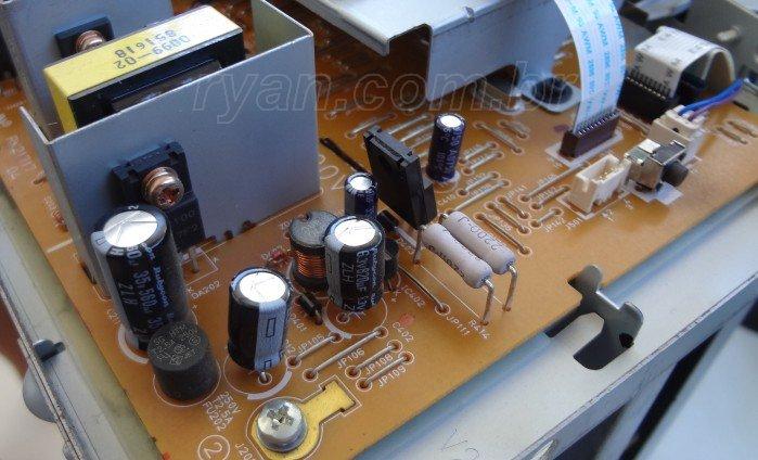 HP_P1005_inside_boards_DSC02673_700_ryan.com.br